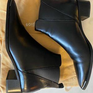 Acne Studio Jensen Boot Size 41 lightly worn